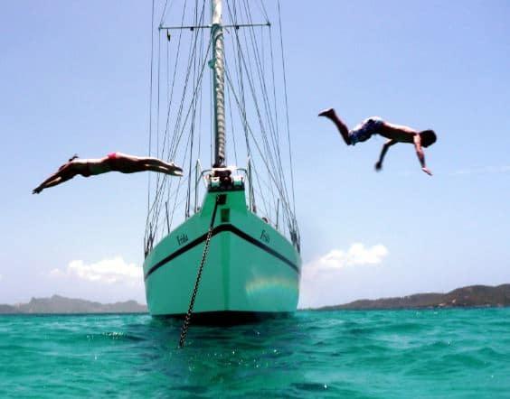 Partez en croisière à la voile dans les îles Grenadines