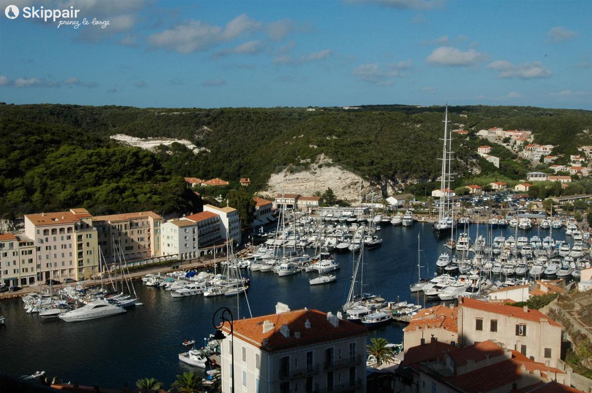 Port de Bonifacio en Corse