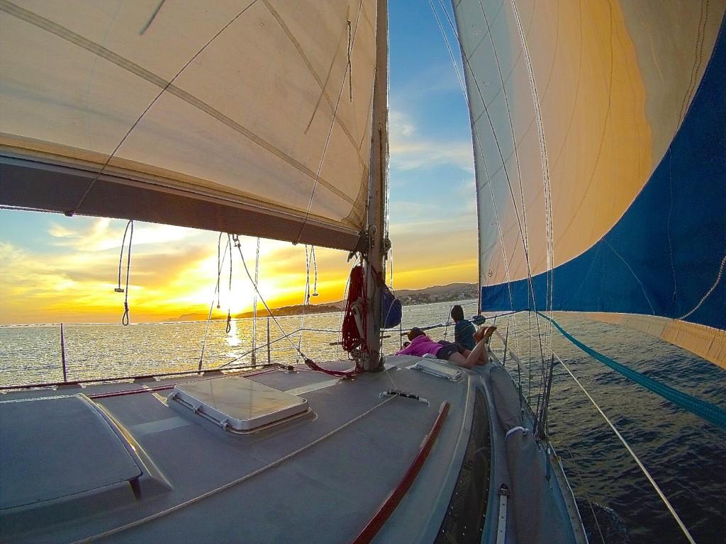 croisière en voilier depuis Bandol et coucher de soleil