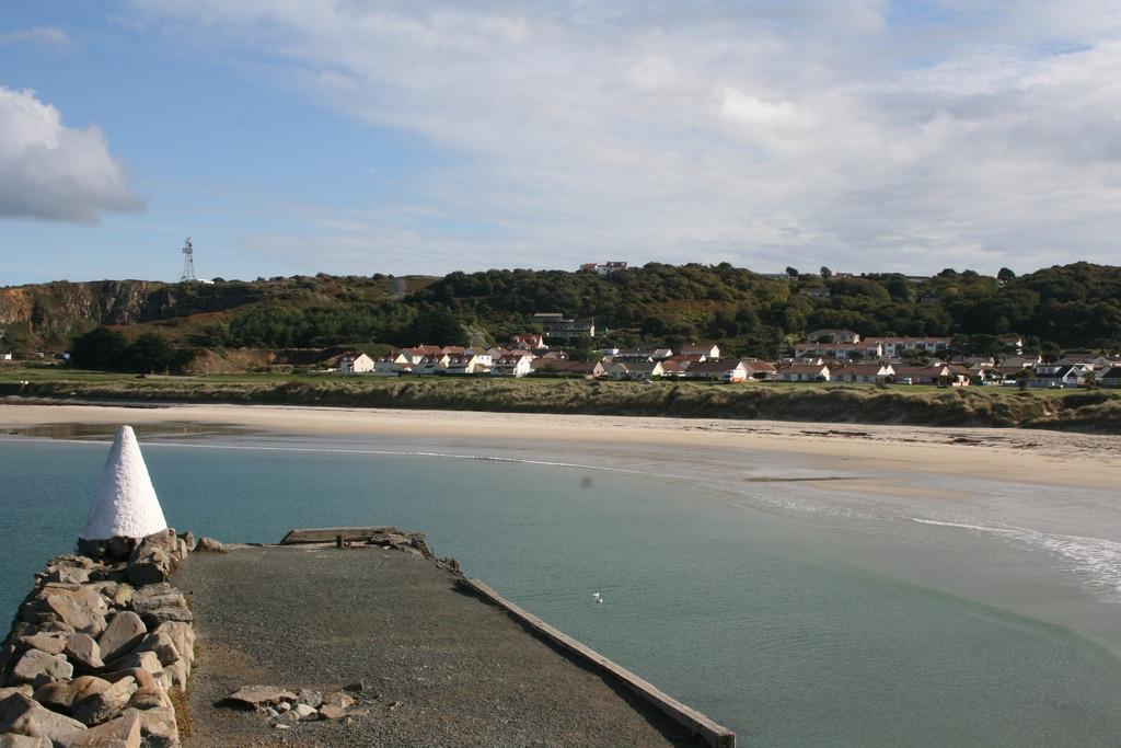 Braye Harbour sur l'île d'Aurigny