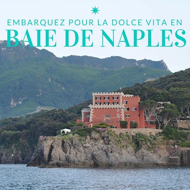 Une villa aux murs rouges sur l'île d'Ischia, en baie de Naples