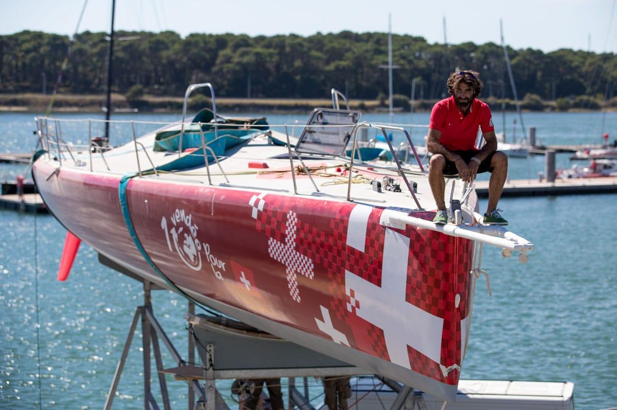 Superbigou est de retour ! Le jeune skipper suisse Alan Roura prendra le départ du Vendée Globe sur le monocoque confectionné par son compatriote Bernard Stamm - Christophe Breschi