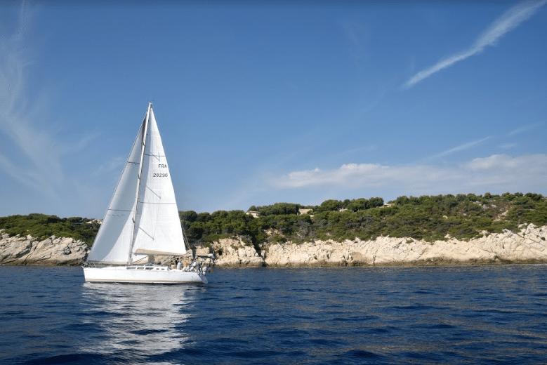 Partez en voilier en France